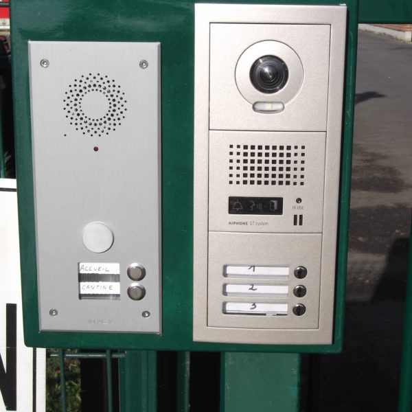 Interphone-Lille-Yves-Carton