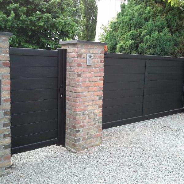 Portail-coulissant-et-portillon-noir-YVES-CARTON-PORTAILS-LILLE