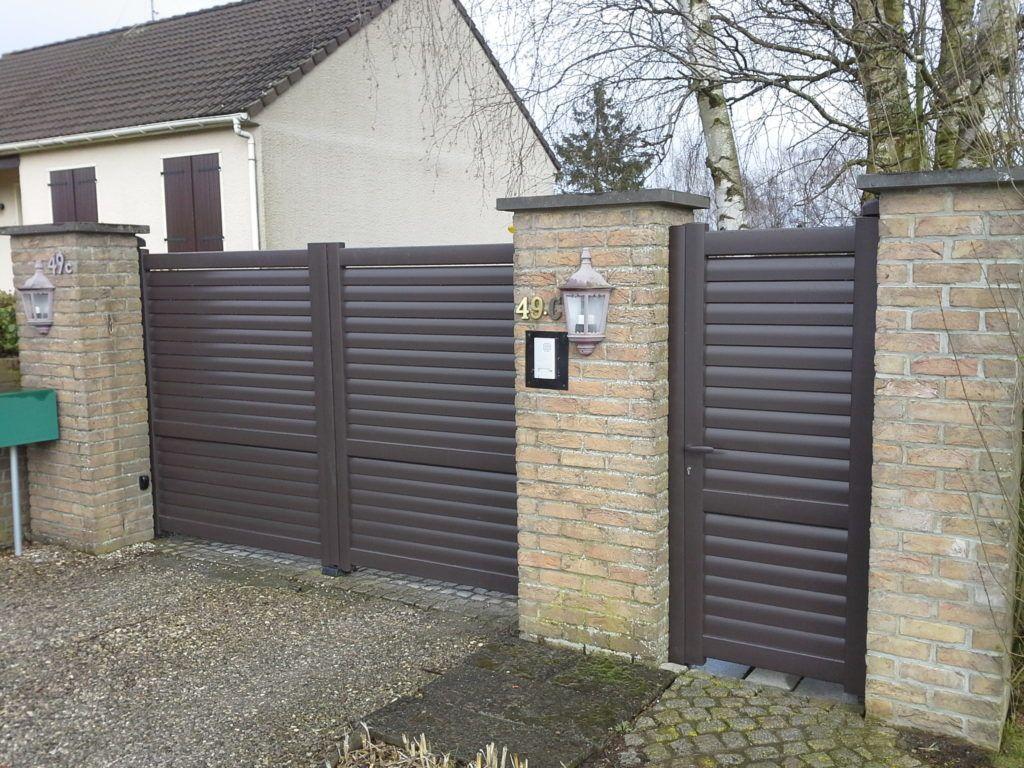 Porte-et-portillon-lames-brises-vent-horizontales-YVES-CARTON-LILLE
