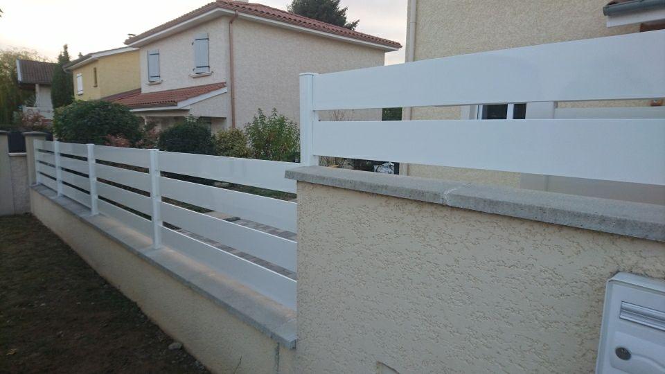 YVES CARTON-PORTAILS-LILLE-Cloture-aluminium-4 lisses-blanc