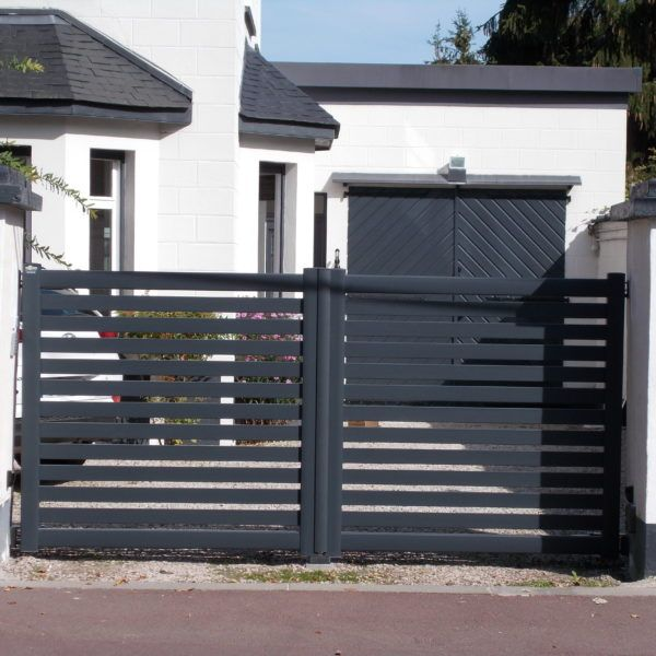 Portail-battant-ajouré-Lille-Yves-Carton