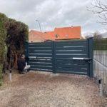 Portail battant ajouré et clôture à Wambrechies l Yves Carton